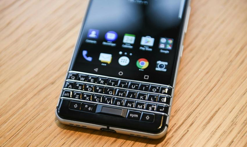 Смартфон BlackBerry KEY2